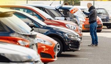 Araç alacaklar dikkat! Sahibinden 2. el otomobil fiyatları düşüşe geçti