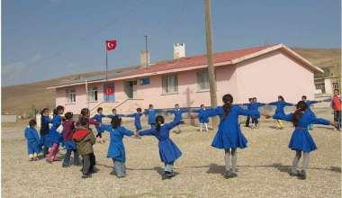 Köy ve benzeri yerleşim yerlerinde okullarımız, 15 şubat'ta yüz yüze eğitime başlayacak..