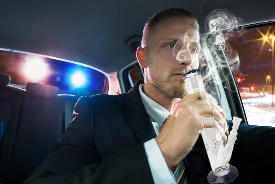 weed smell in car does not mean arrest