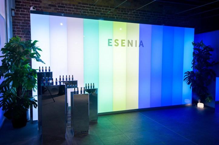 Esenia-6670