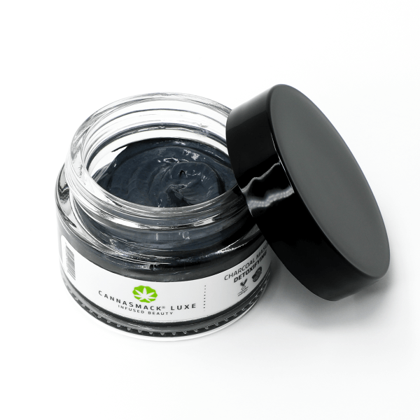 luxe-charcoal-masque-2