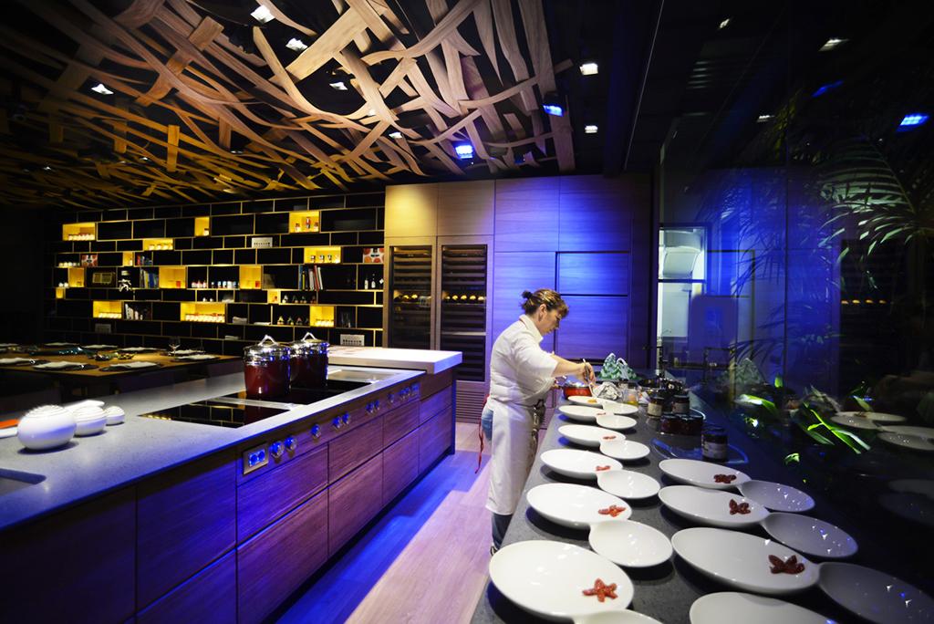 Lilluminazione nella cucina del ristorante facciamo luce sulla normativa  Cannata Factory
