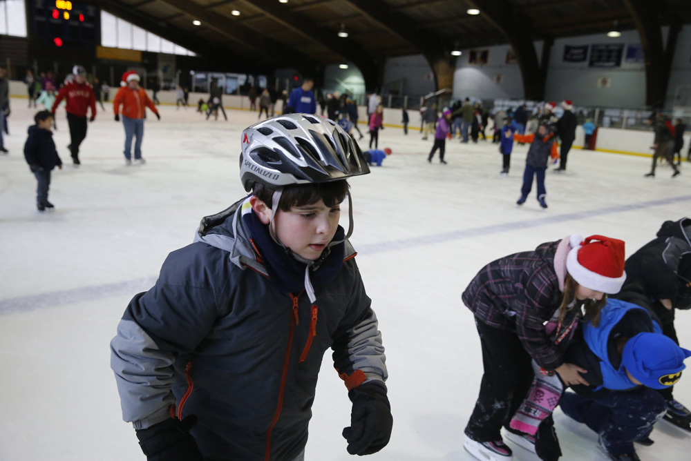Family ice skating at Canning's Glooscap Arena
