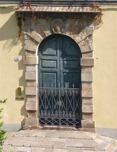 43.doorway3