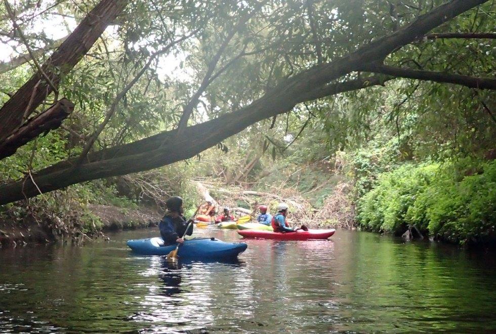 Kayaking-Wandle-urban-jungle