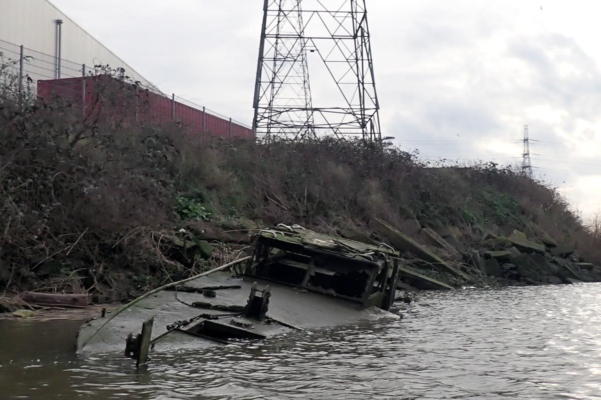 Sunken boat on Barking Creek