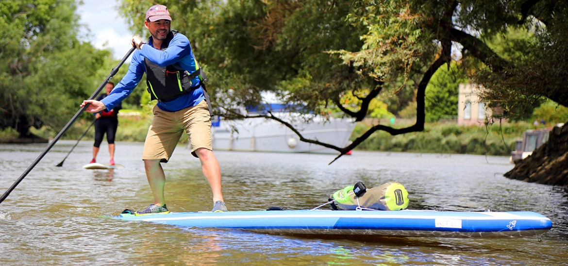 Stand up paddleboarding with Active360 on the River Thames at Richmond