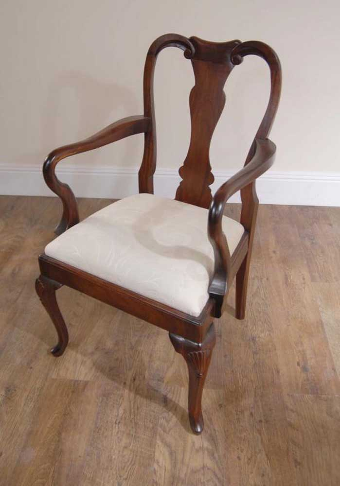 10 Mahogany English Queen Anne Dining Chairs Chair