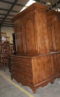 Oak Linen Cabinet Drinks Chest Farmhouse Furniture