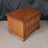 Oak Pannelled Chest Trunk Coffee Table