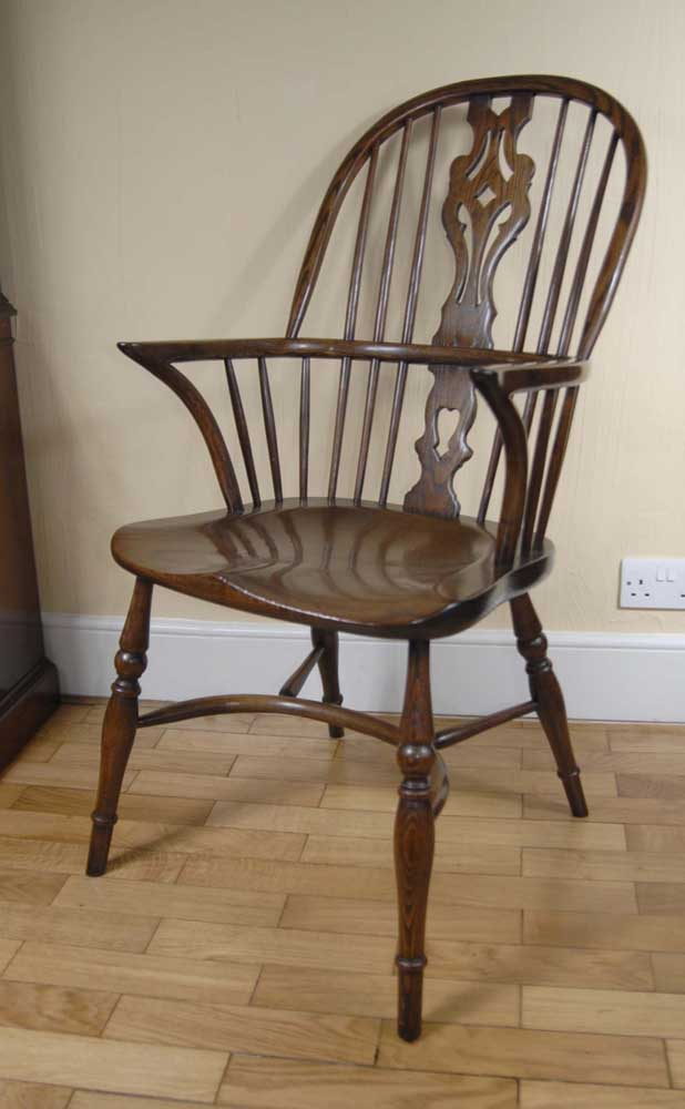 Set 8 English Farmhouse Windsor Dining Chairs