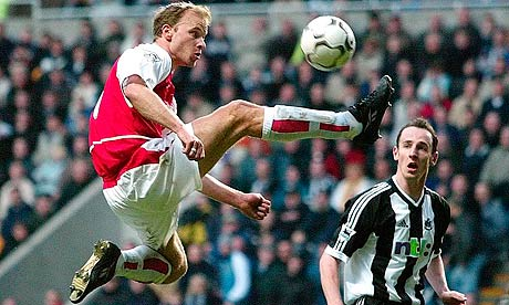 Arsenals dennis bergkamp 008
