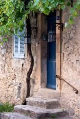 Typical Provençal façade