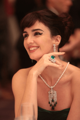 Paz Vega plays Maria Callas, wearing Cartier reproduction of her famous Panthère rins Photo: David Koskas © 2014 - STONE ANGELS