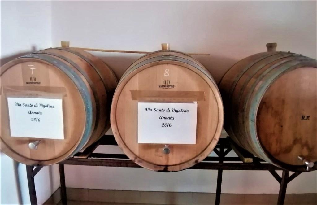 Lavorazione del Vin Santo di Vigoleno - invecchiamento in botte a Cantina Visconti