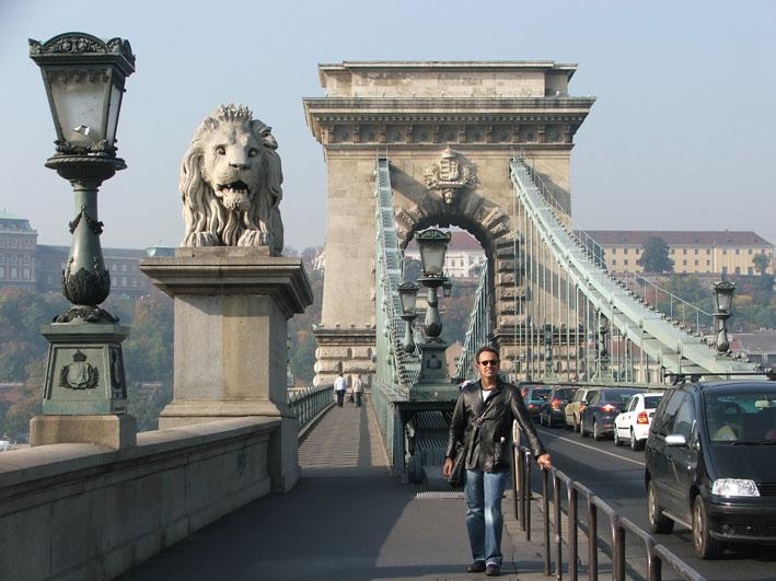 Budapeste-ponte-leao
