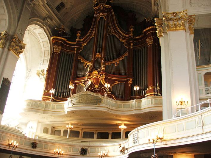 hamburgo-igreja-dentro