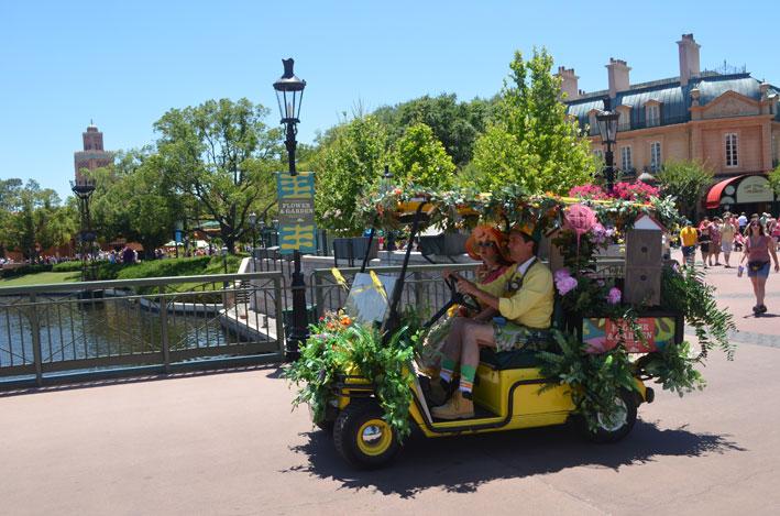 Epcot-Flower-and-Garden-Festival-carrinho
