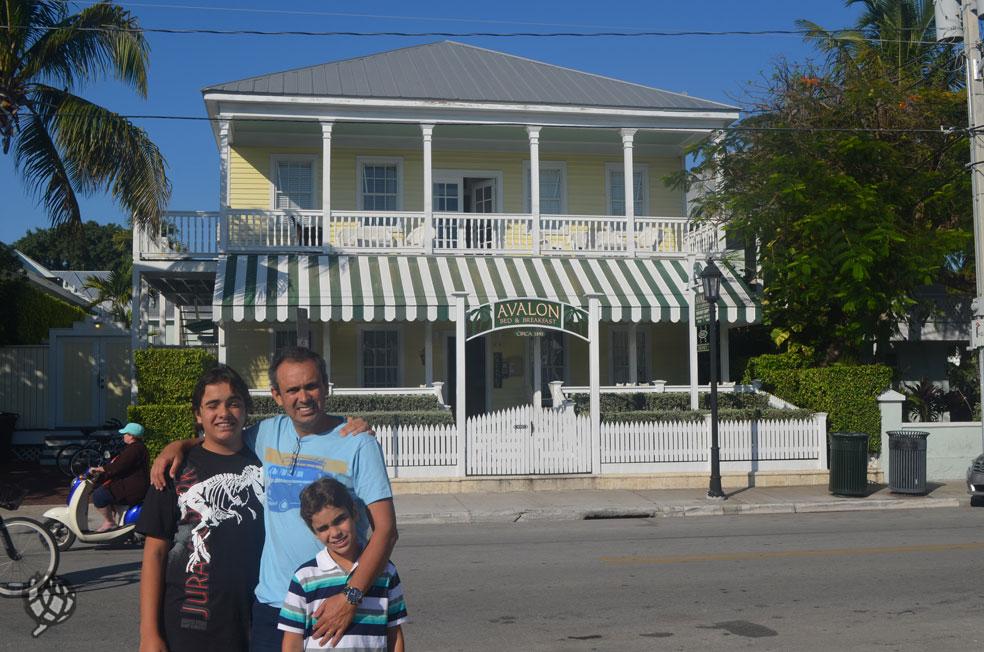 Fachada do nosso hotel em Key West