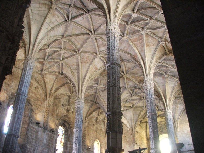 Lisboa-mosteiro-detalhe-teto