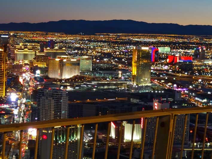Stratosphere-em-Las-Vegas-vista1