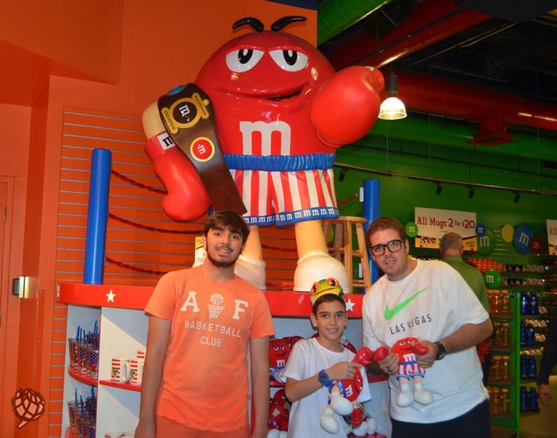 M&Ms store Las Vegas foto lutador