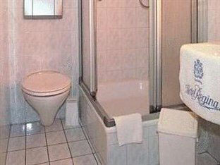 Hotel Regina banheiro