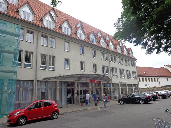 Ibis Hotel Erfurt Alstadt fachada2