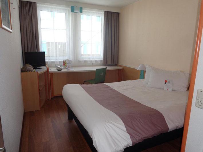 Ibis Hotel Erfurt Alstadt quarto