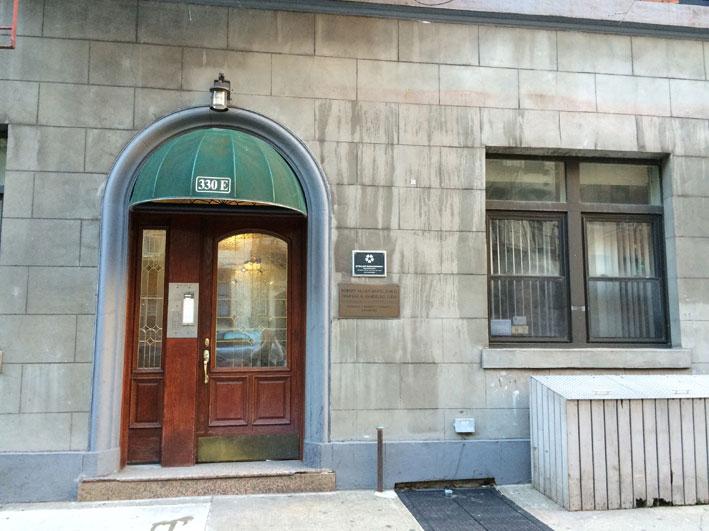 apartamento-alugado-em-New-York-porta