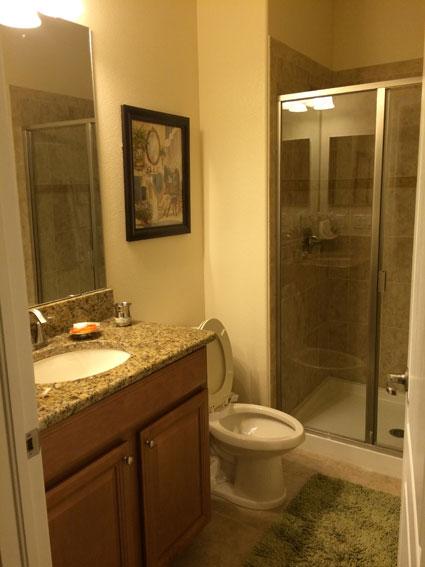 casa-alugada-em-Orlando-banheiro2