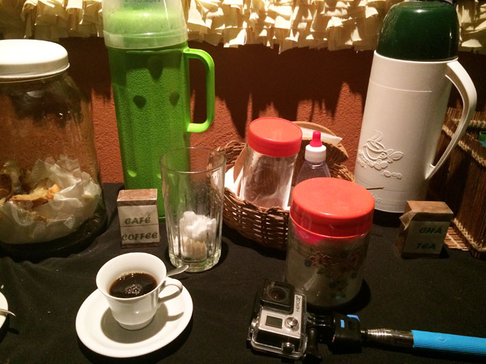Pousada-Mirante-de-Pipa-mesinha-cafe