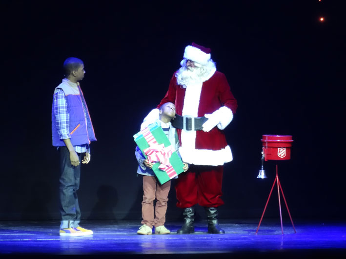 Radio-City-Christmas-Spectacular-criancas