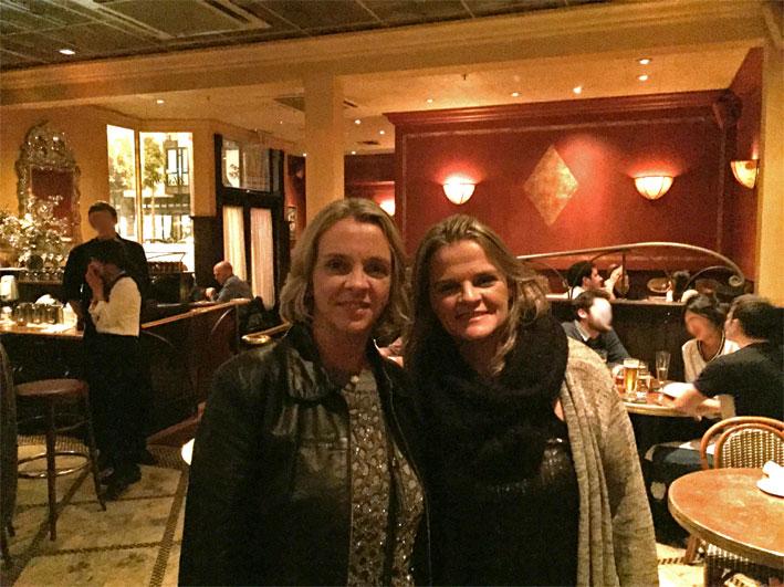 2-restaurantes-imperdiveis-para-jantar-em-San-Francisco-Absinthe-salao