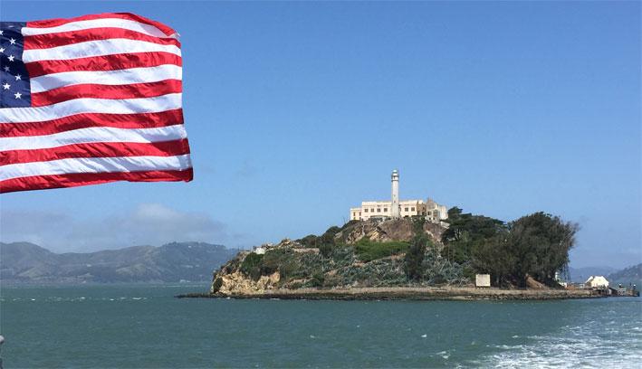 Como é a visita a Alcatraz