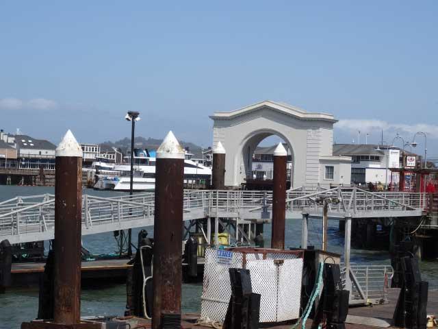 San-Francisco-fishermans-wharf-pier-45