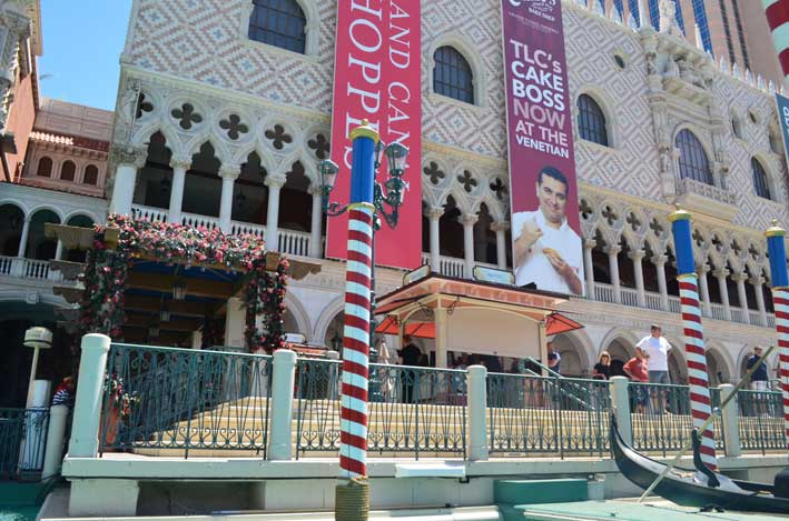 12-dicas-para-compras-em-Las-Vegas-alem-dos-outlets-grand-fachada