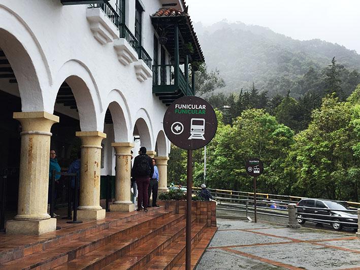 Cerro-de-Monserrate-funicular