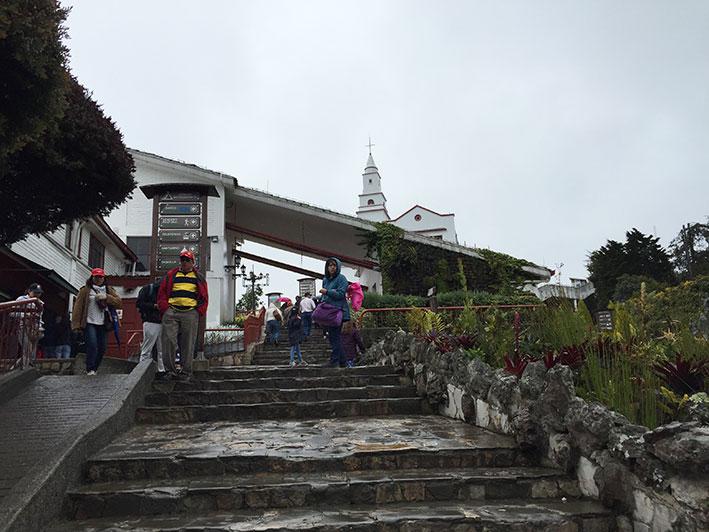 Cerro-de-Monserrate-subida
