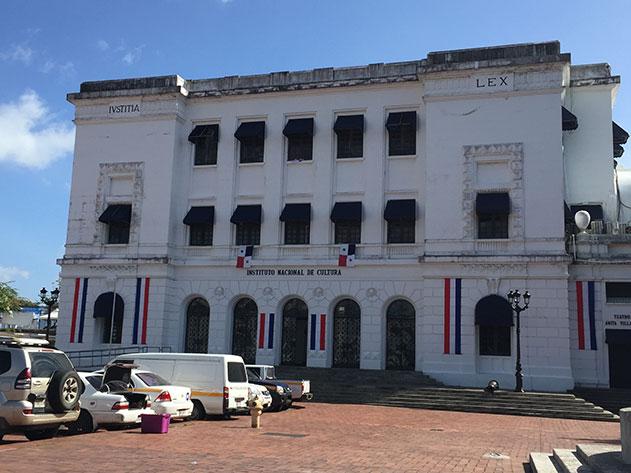 Instituto Nacional de Cultura no centro histórico da capital do Panamá