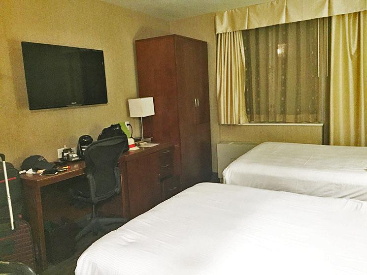 Hotel-em-New-York-Double-Tree-Hilton-quarto