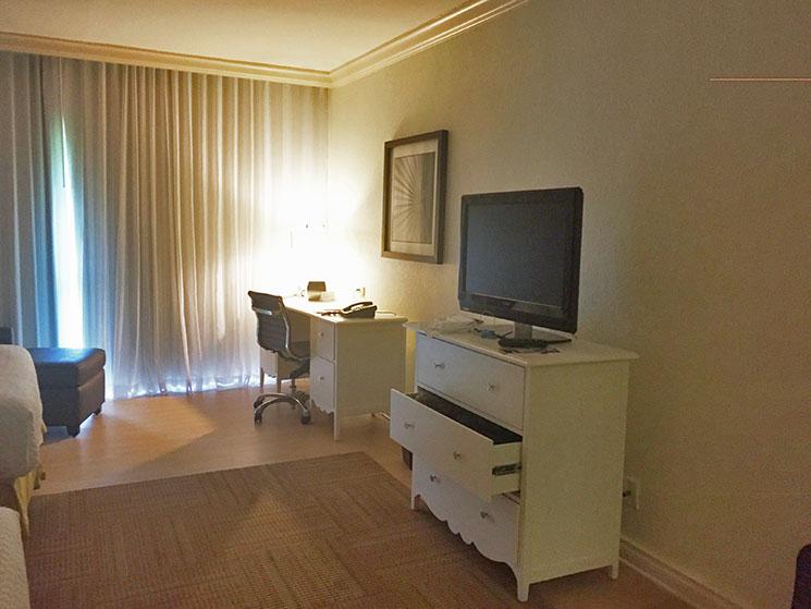 hotel-em-miami-fora-da-area-turistica-11
