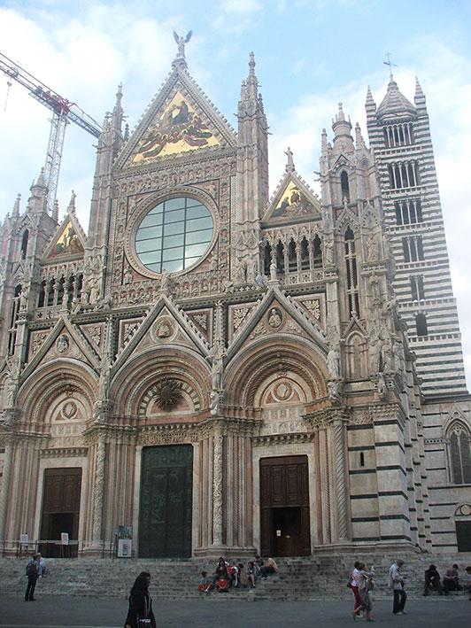 Fachada do Duomo de Siena