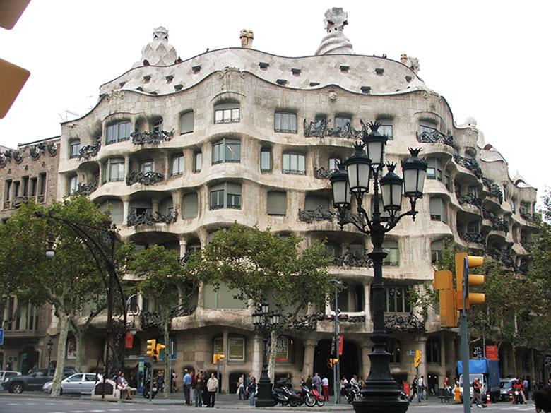 Casa Milà ou La Pedrera em Barcelona