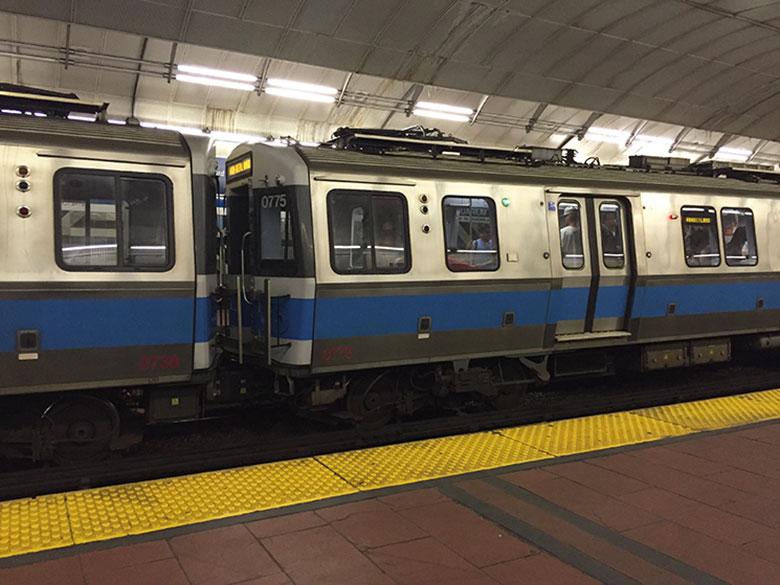 Como funciona o Metrô em Boston