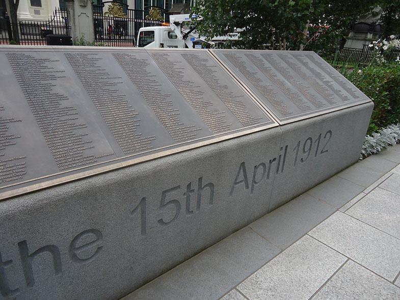 Titanic Memorial em Belfast