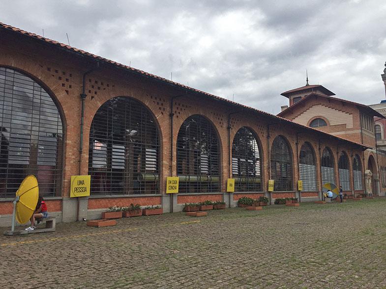 Jardim do Museu Catavento em São Paulo