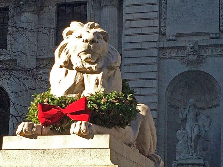 Leão da entrada da Biblioteca Pública de New York