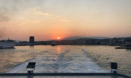Ferry na Grécia: miniguia para sua viagem