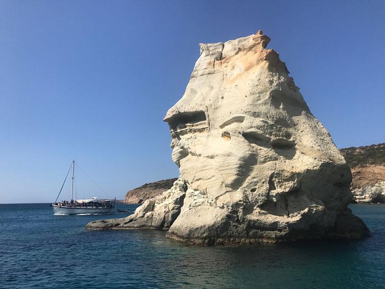 Lado sul da ilha de Milos a caminho de Kleftiko